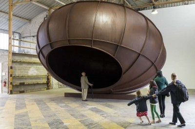ANISH KAPOOR - 'Cave & intersection'