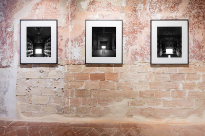 HIROSHI SUGIMOTO - 'The First Encounter<br>Italy through eyes of Hiroshi Sugimoto and Tenshō Embassy'